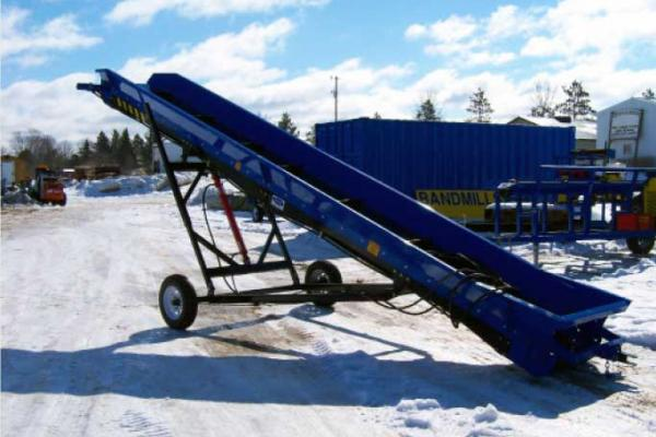 Blue DYNA Conveyor showing belt drive.